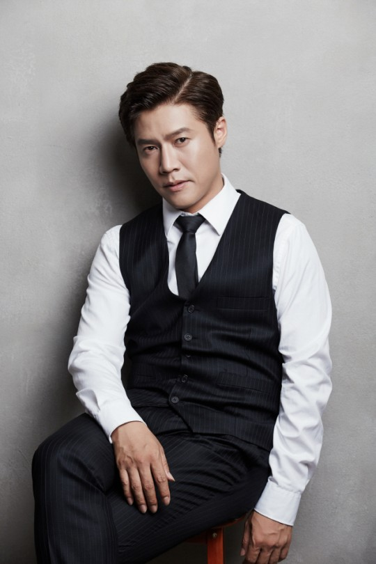 "Actor Park Ho San has confirmed his appearances on JTBC New Drama ""Flower Crew: Joseon Marriage Agency"""